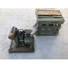 SIGNAL CORPS GENERATOR POWER UNIT PE-77-D WW2